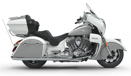 2018 Indian Roadmaster Pearl White over Star Silver Right